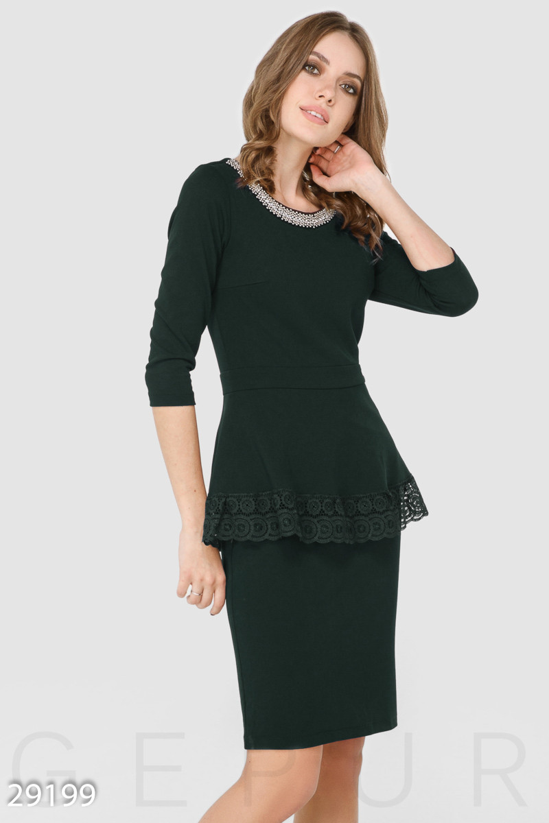 Элегантное офисное платье черного цвета