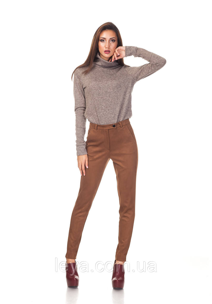 Классические зауженные женски брюки БР030_коричневый замш