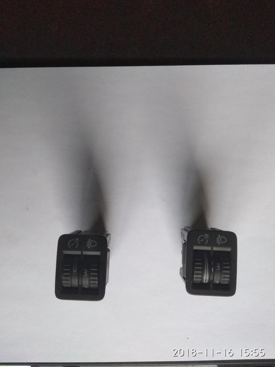 Кнопка корректора фар VW Passat [B6]