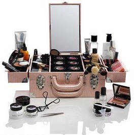 Косметички, сумочки, кейсы для косметики