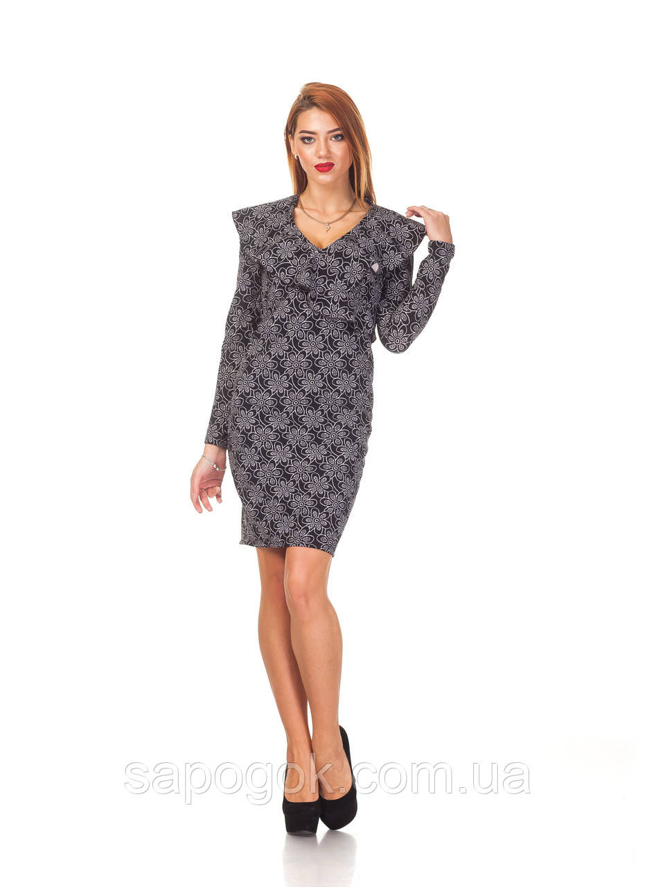 Женское платье с рюшей. П131