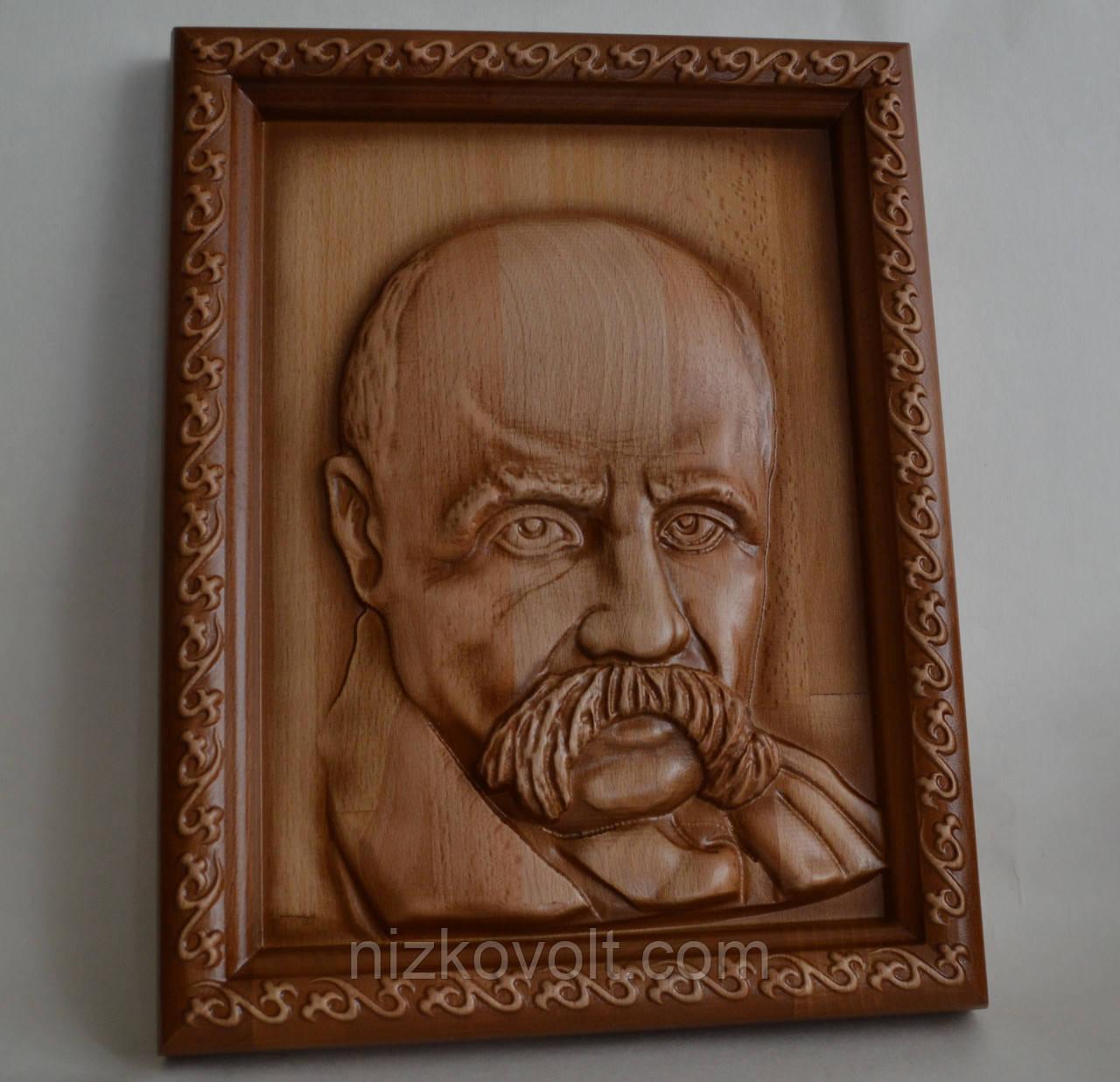 Портрет Т.Г. Шевченка - резьба по дереву 275х360х36 мм