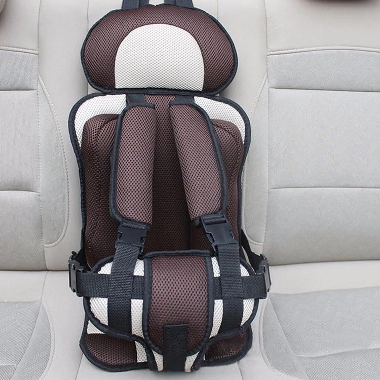 Портативное бескаркасное детское автокресло (коричневое с бежевым)
