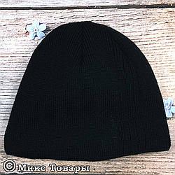 Чёрная мужская шапка с черной вышивкой+ флис (UA31026)