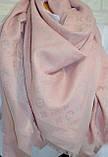 Женский платок с люрексом Louis Vuitton Shine Monogram (в стиле Луи Витон) светло-розовый, фото 2