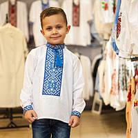 Вышитая сорочка для мальчика Богдан с синим орнаментом, фото 1