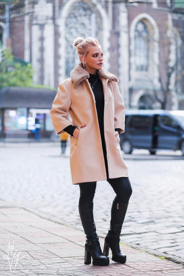 Прямое кашемировое женское Пальто с мехом на воротнике 60lt135