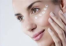 Засоби по догляду за шкірою навколо очей. Іспанія