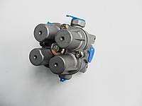 Клапан четырехконтурный WG9000360366 на самосвал HOWO Sinotruk