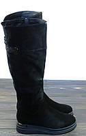 Замшевые зимние сапоги на танкетке черные Fabio Monelli, фото 1