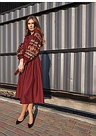 Женское вышитое платье средней длины бордового цвета, фото 1