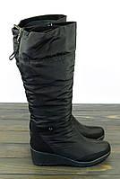 Высокие зимние сапоги дутики на танкетке, фото 1