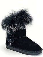 Женские зимние угги, отличного качества, замшевые в черном цвете.в наличии размер 36-39