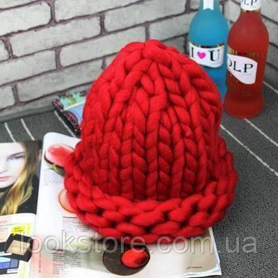 Женская шапка из крупной вязки Хельсинки красная