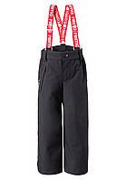 Зимние брюки на подтяжках для мальчика Reimatec Loikkа 522261-9990. Размеры 104-140.