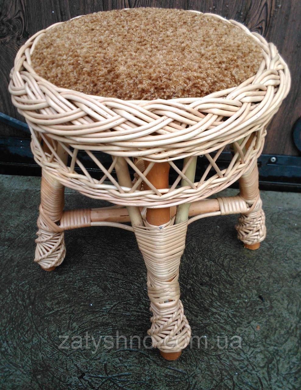 Табуретка с мягким сиденьем, плетеная