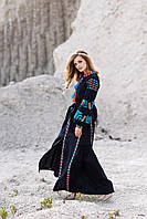 Длинное женское вышитое платье темно синего цвета с геометрическим орнаментом, фото 1