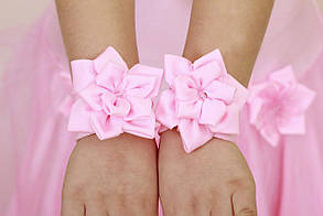 Гумки на руки з квіточками, напульсники