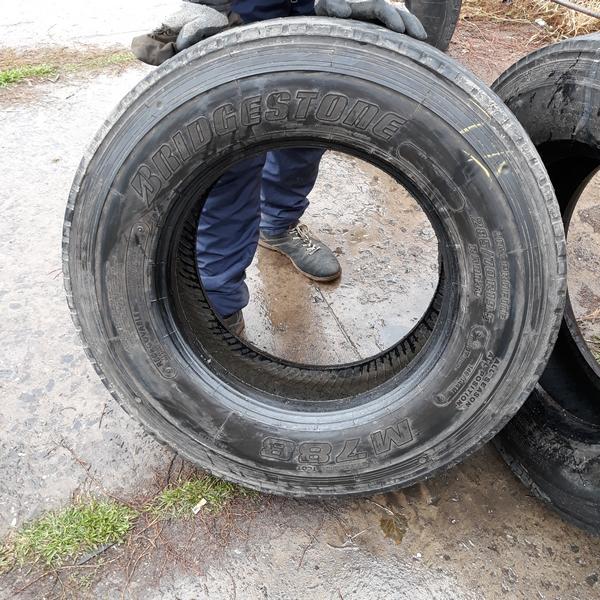 Шины б.у. 285.70.r19.5 Bridgestone M788 Бриджстоун. Резина бу для грузовиков и автобусов