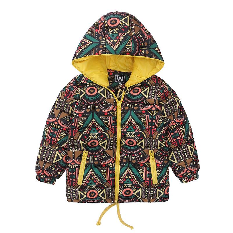 Демисезонная куртка с узором
