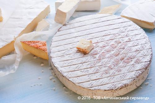 Сир  типу Реблошон 100г Алтинівський завод