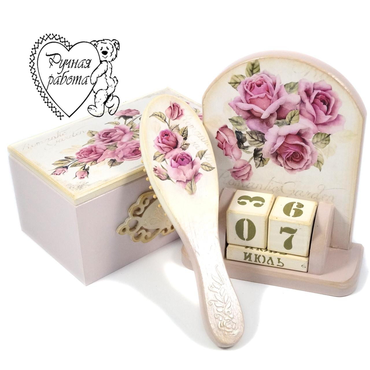 Набор Розы расческа, шкатулка, вечный календарь ручной работы