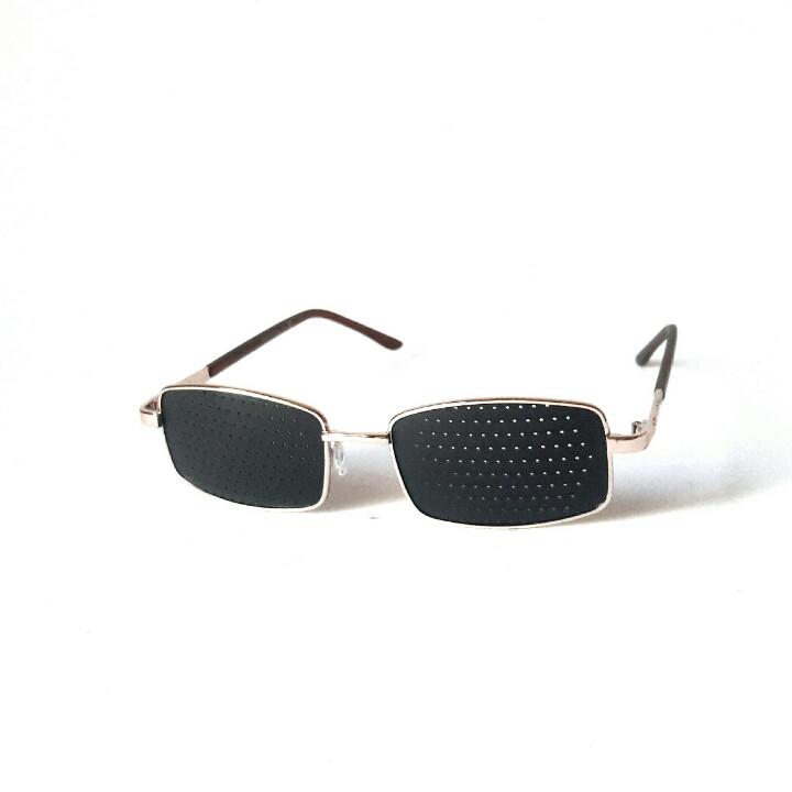 Очки-тренажёры, перфорационные очки классического плана для исправления зрения. на флексах, в золоте, Matsuda
