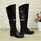 Ботфорты кожаные женские зимние на каблуке, черного цвета, фото 2