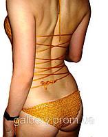 Вязаный крючком слитный купальник монокини с ажурным принтом на животе, горчичного цвета