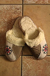 Теплі жіночі тапочки