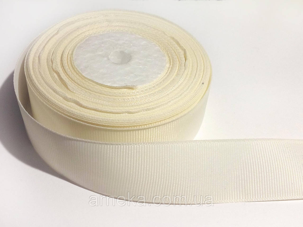 Лента репсовая 2,5 см кремовая