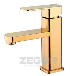 Смеситель для умывальника Zegor LEB1 (LEB1-A123G) однорычажный высокий с коротким изливом золото