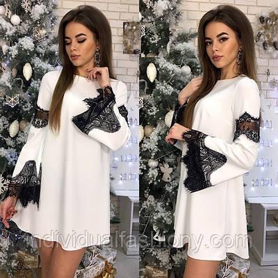 Платье мини с кружевом «Адриана»
