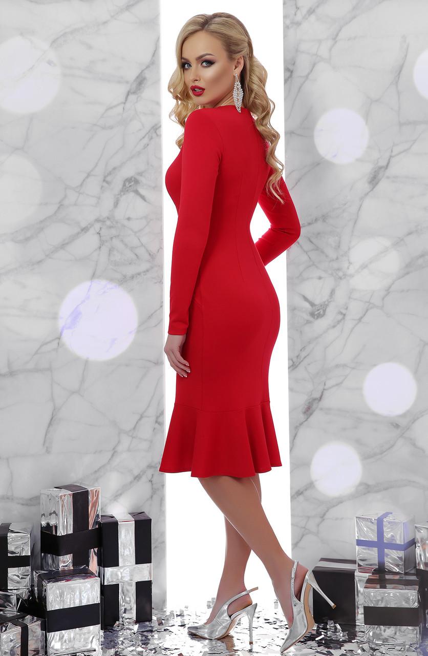 e43615da230 Закрытое красное платье с воланом внизу