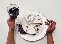 Сыр Brie (Бри) Канторель 60% 1,0 кг Франция  от 500г