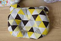 """Дитяча подушка для новонароджених """"Трикутники"""""""