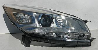 Передние фары Ford Escape Kuga 2 оптика (13-16) биксенон