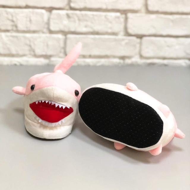Детские тапочки игрушки Акулы