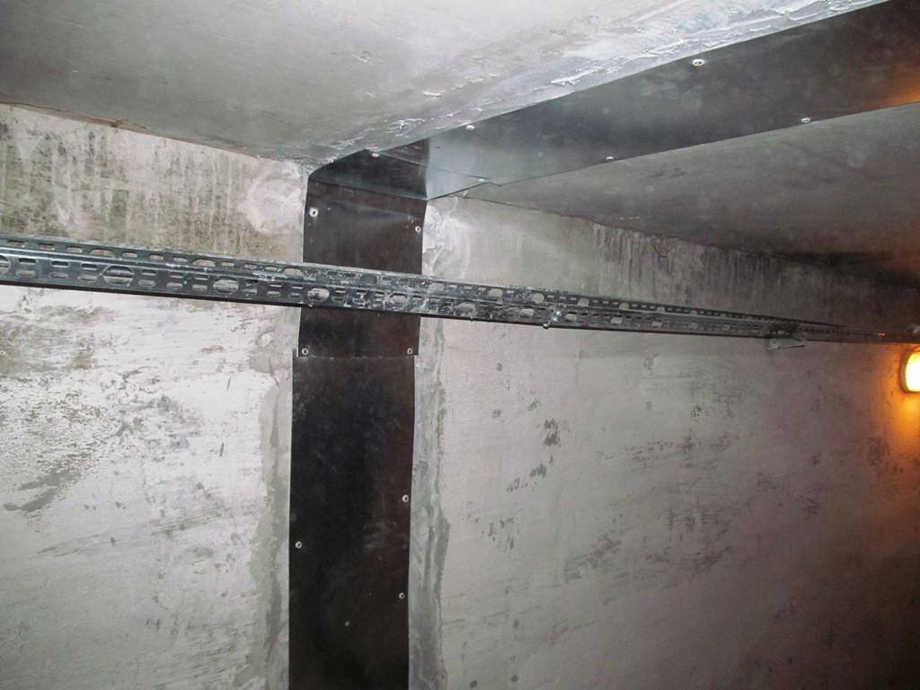 Лента обеспечит полную герметичнсоть деформационного шва в галерее или норийном приямке независимо от давления воды и деформационных подвижек конструкции.