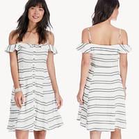 Женское белое летнее мини платье  с карманами в полоску ASTR The Label, фото 1