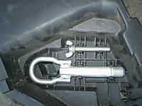 Болт для крепления запаски Mazda CX-7 (2006-2010)