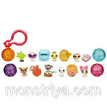 Littlest Pet Shop Teensies Игровой набор с восемью микрозверюшками и брелками