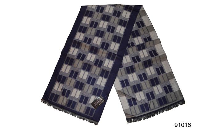 Фото мужского синего кашемирового шарфа на осень 91016 2