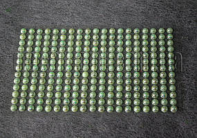 Камешки салатовые перламутровые на липучке 6 мм 247 шт