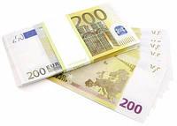 Деньги сувенирные 200 евро . Пачка евро 80 шт.