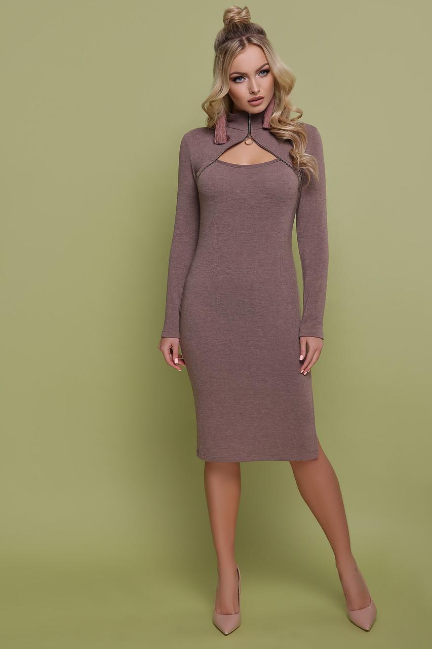 Теплое платье ниже колена