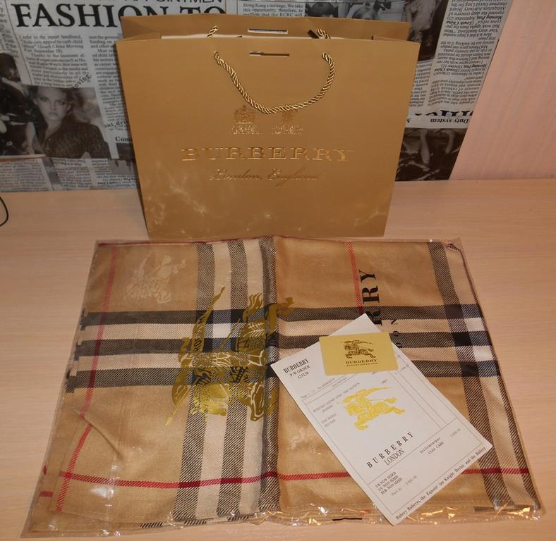 Шарф, палантин, шаль Burberry, Италия, оригинал - DONINI boutique в  Запорожье 0ed0f503040