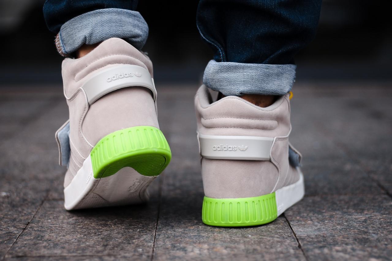 2873ae23 ... Adidas Tubular Invader Strap Grey Green | кроссовки мужские; высокие;  серые; замшевые;