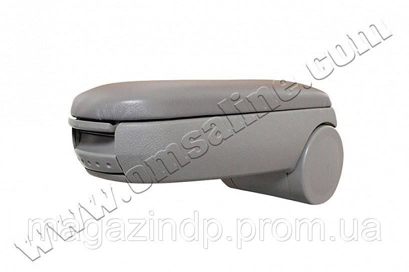 Подлокотник VW Golf IV  1998-2004 /черный/ Код:75188271