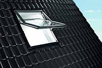 Вікно мансардне з ПВХ 74х118см Roto R79, двокамерний склопакет, піднята вісь відкривання (3/4).